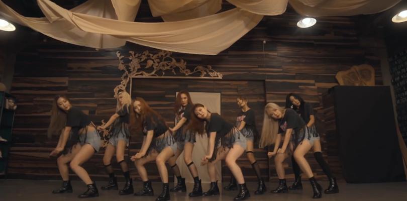 """Vamos dar uma moralzinha para esse comeback do Sunny Hill com """"NomNomNom"""""""