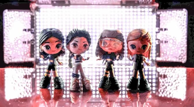 E o próximo lançamento do BLACKPINK é… Uma linha de bonecas