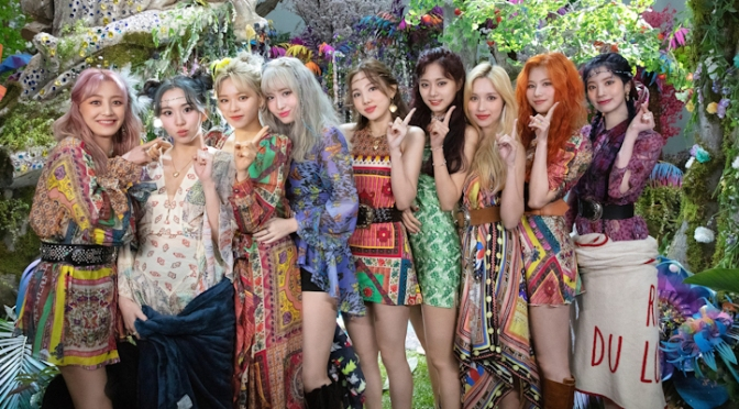 ALBUM REVIEW: TWICE – More & More