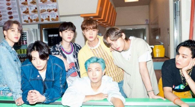 """BTS lança sua mais nova tentativa de fazer sucesso nos Estados Unidos com """"Dynamite"""""""
