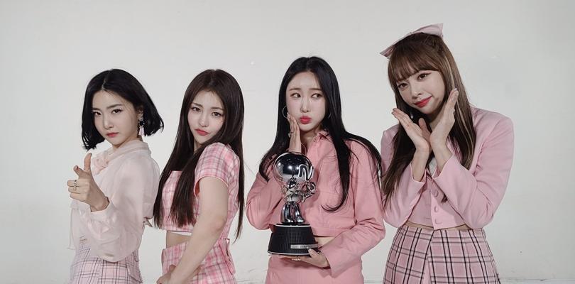 """Brave Girls aparece nos charts japoneses e no Top 3 do Spotify Global com """"Rollin'"""""""