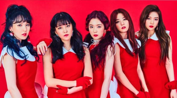 Grandes evidências de que o Red Velvet está morto: A SM não divulgou um chaveiro para o grupo