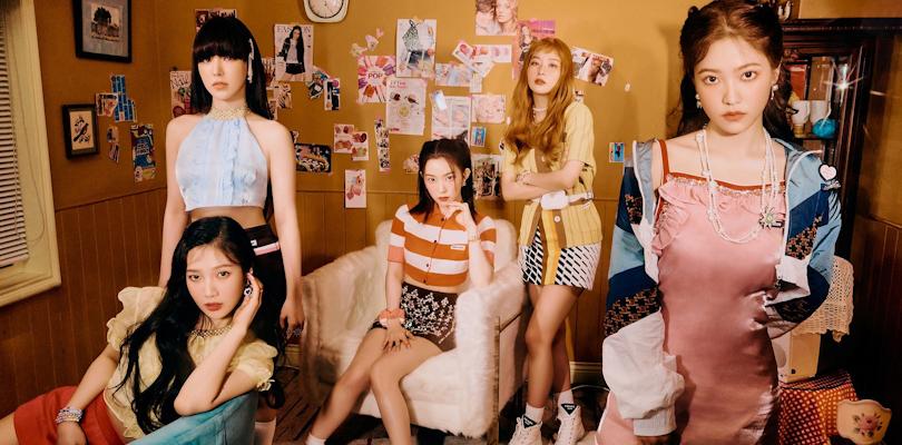 """Valeu a pena esperar 1 ano e 8 meses para ouvir o Red Velvet cantar """"Queendom""""?"""